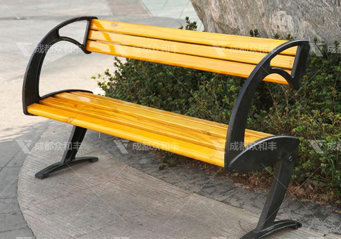 成都户外公园休闲椅该如何保养
