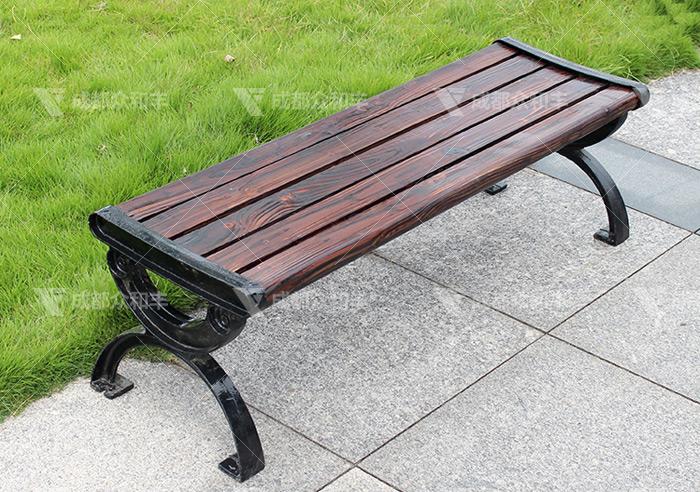 成都休闲公园椅厂家会选择那些木材